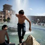 Heat Wave: Yerevan residents brace up for high midsummer air temperatures