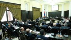 """Debt Burden: Economists concerned about """"dangerous"""" level of Armenia borrowings"""