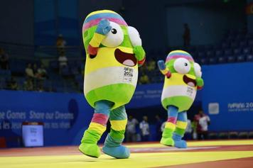 Sports: Youth athletes win Olympic medals for Armenia; chessmen suffer setback