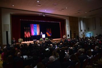 Sargsyan to Armenian Americans: Come to Homeland, make investments