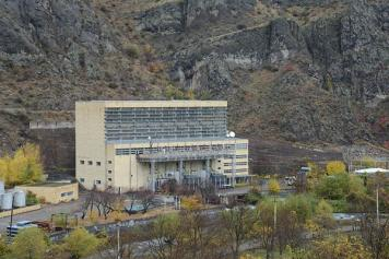Crucial Choice: Armenia mulling over 'geopolitically important' energy deals