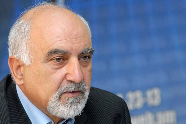 Parliamentary approval of constitutional amendments 'anti-constitutional', says Hayrikyan