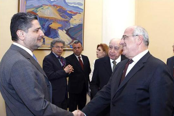 AGBU delegation welcomed by the Prime Minister