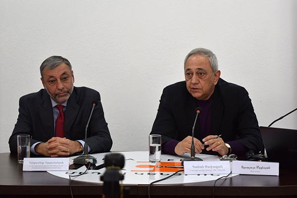 Ex-FMs: Trilateral format of Karabakh talks needs to be restored