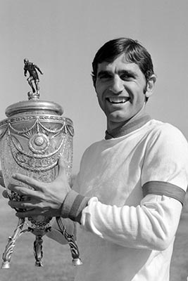 Sad News: Armenian soccer legend passes away at 68