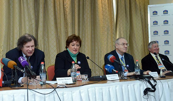 Decision 2013: More than 7,000 observers monitoring Monday ballot