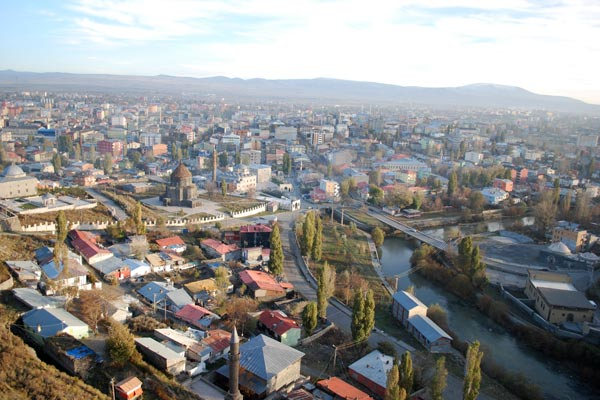 Kars Perspective: Eastern Turkish province unhappy with closed Armenia border