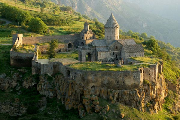 Tourism in Tatev:  Two major organizations join forces to raise funds for rural community development