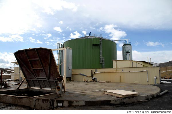 Smell of Progress: Chicken farms hatch Armenia's first biogas station