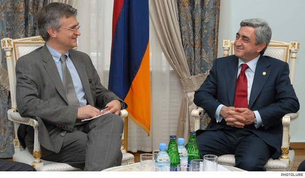 Official: Armenian President Sargsyan and EU official discussed Armenian-Turkish relations