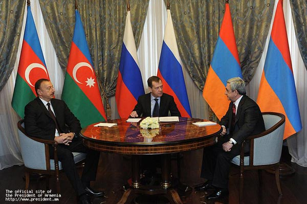 Karabakh: Armenian-Azeri summit in Sochi brings about no change, status quo to last