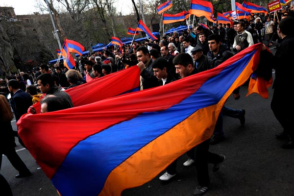 Growing rifts: Leadership fight on within Armenian opposition amid snap election talk