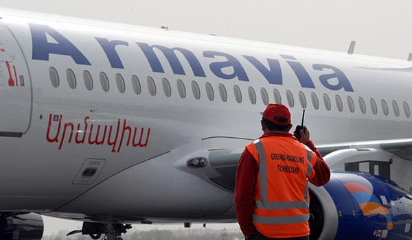 On Board: Armavia resumes air link for ethnic Armenians fleeing from war-torn Syria