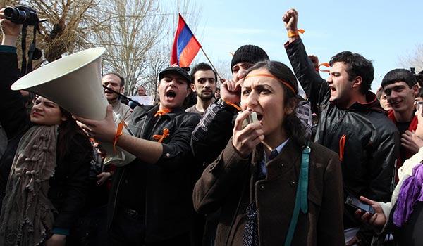 Decision 2013: Students urge boycott in wake of election