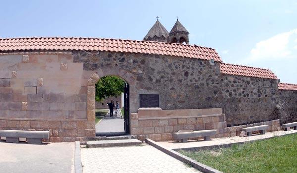 Gandzasar facelift: Vandalism or restoration as tiling continues at Karabakh medieval church's fence?