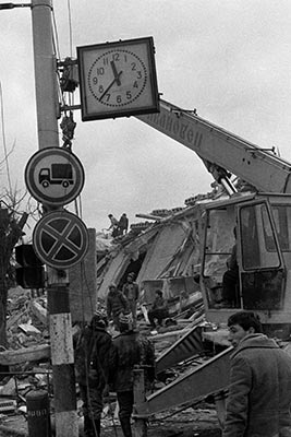 gyumri-spitak-earthquake-7december1988-c