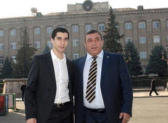 Soccer charity: Armenia player gives presents to Karabakh war vets