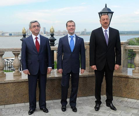 Regnum Report: Sargsyan-Aliyev-Medvedev do-over two weeks away