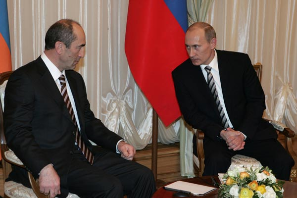 Ex-leader Kocharyan's meeting with Putin fuels talk about his return to major-league politics