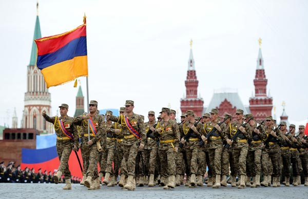 V-Day: Armenian leader attends WW II allies' parade in Red Square