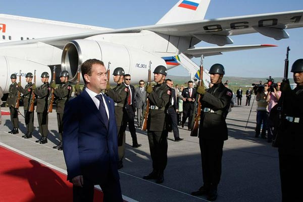 Three to Tango?: Medvedev's Turkey visit spurs talk on regional alliances