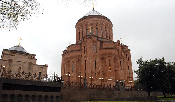 moscow-church-armenian-cathedral.jpg