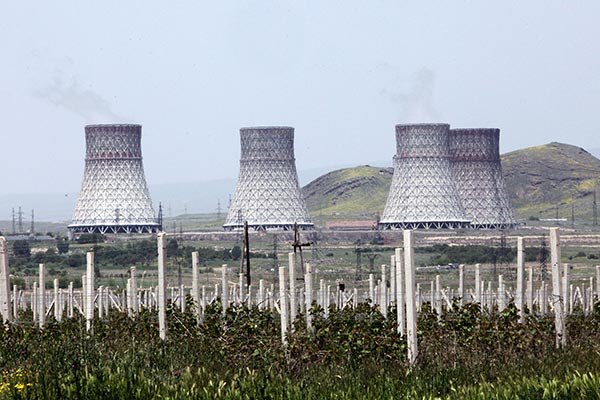 Sargsyan responds to Aliyev: Armenian nuke station is safe
