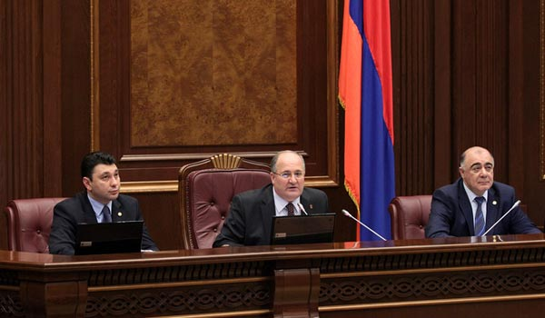 On Agenda: Armenian lawmakers again focus on emergency rule law
