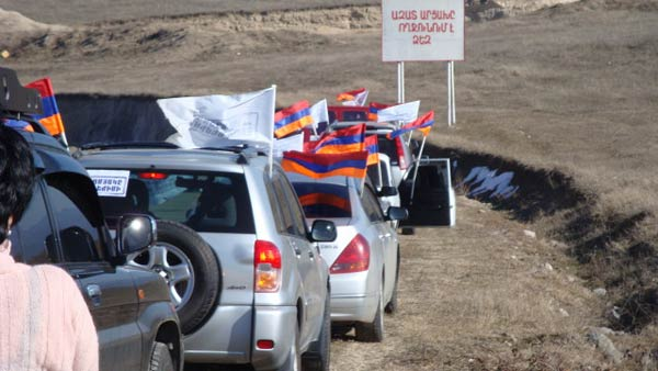Բերձորի միջադեպ. Ղարաբաղի ոստիկանությունը կանխել է Հայաստանից «ընդդիմադիրների» մուտքը