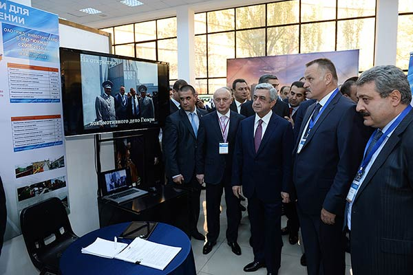 President Sargsyan visits Expo Russia-Armenia 2014 Exhibition