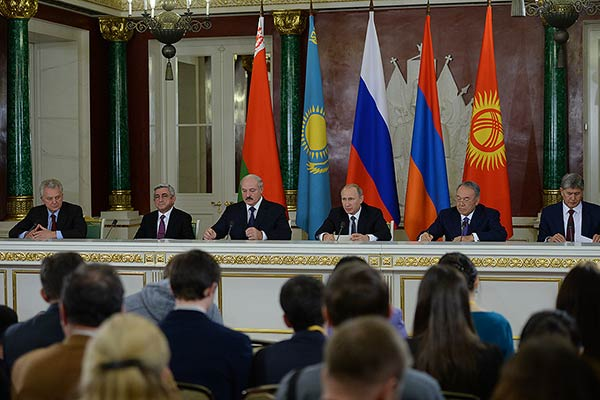 Putin signs Armenia's Eurasian Union deal