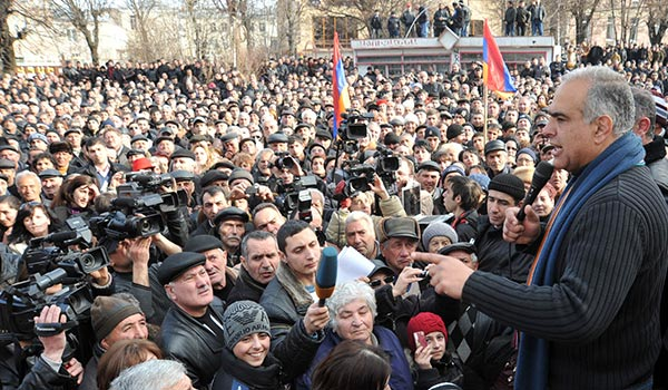 Decision 2013: Hovannisian spurns Western salutations of Sargsyan win