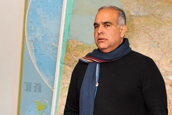 """Decision 2013: Hovannisian says Sargsyan must accept """"people's victory"""""""