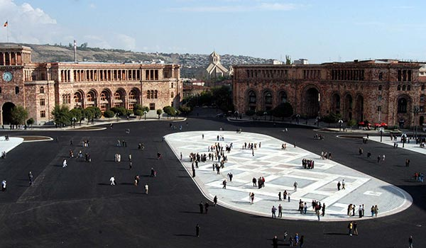 Squared off Over Square: Proposed changes to Yerevan centerpiece raise dispute