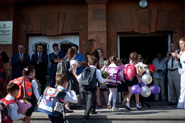 Վերադարձ դպրոց. Հայաստանում առաջին դասարանցիների թիվը մի փոքր աճել է, իսկ որոշ գյուղական համայնքներ չունեն ոչ մի առաջին դասարանցի