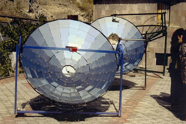 Sunny idea: Armenian inventor says his device turns solar energy into good business