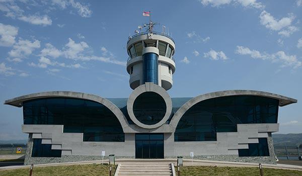 Ստեփանակերտի օդակայան. համացանցում հայտնվել է փոքր օդանավի թռիչքի տեսանյութ