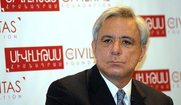 http://armenianow.com/sites/default/files/img/imagecache/600x400/vardan-oskanian.jpg