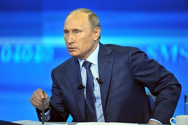 http://armenianow.com/sites/default/files/img/imagecache/600x400/vladimir-putin-kremlin_0.jpg