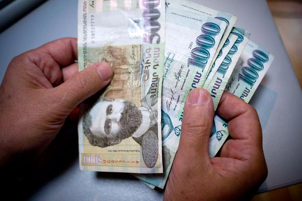 Minimum Wage to Increase in 2014
