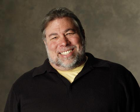 Apple's Steve Wozniak in Armenia to pick President's Global IT Award 2011