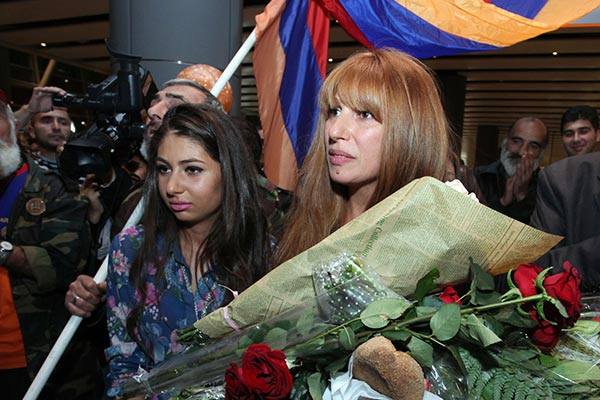Opposition MP gets hero's welcome from supporters in Yerevan after challenging Prez Sargsyan in Strasbourg